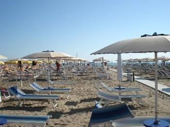 Le spiagge accoglienti visit rimini pesaro urbino for Bagni 05 pesaro